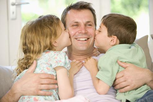 papa-con-hijos.jpg