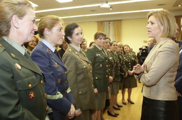 Maria-Dolores-Cospedal-Ministerio-Defensa_EDIIMA20180309_0909_19