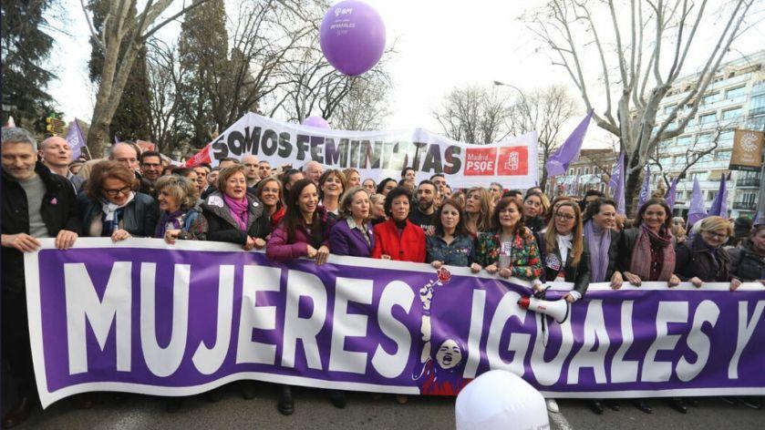 Feminismo-8-M-_Dia_Internacional_de_la_Mujer-Carmen_Calvo_Poyato-Politica_381723819_117339510_1024x576.jpg